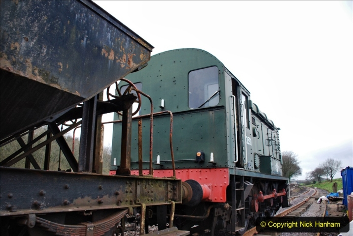 2020-01-24 Track renewall Cowpat Crossing to just past Dickers Crossing. (57) Ballast work. 057