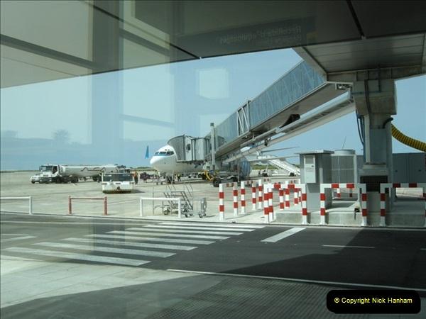 2008-05-03 London Gatwick Airport.001