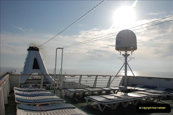 2008-05-05 At sea.  (9)172