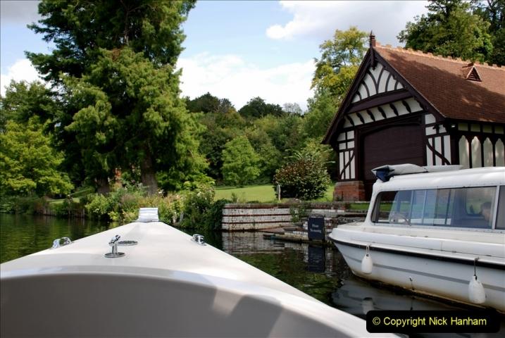 2019-08-20 Cliveden (NT) Taplow, Maidenhead, Berkshire. (133) River Thames boat trip. 133
