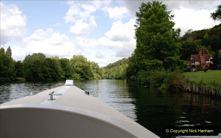 2019-08-20 Cliveden (NT) Taplow, Maidenhead, Berkshire. (79) River Thames boat trip. 079