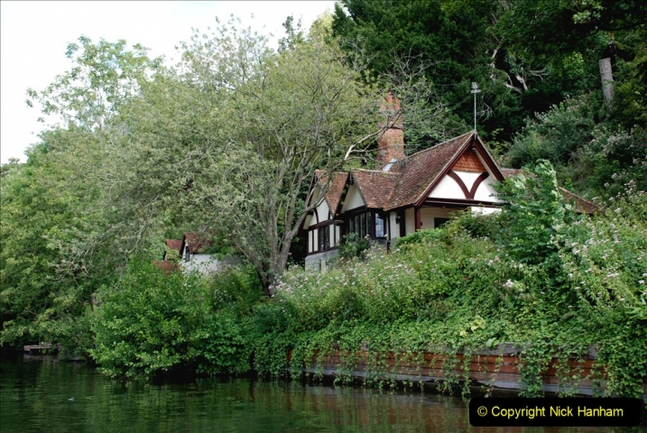 2019-08-20 Cliveden (NT) Taplow, Maidenhead, Berkshire. (81) River Thames boat trip. 081
