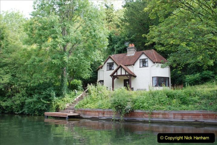 2019-08-20 Cliveden (NT) Taplow, Maidenhead, Berkshire. (82) River Thames boat trip. 082