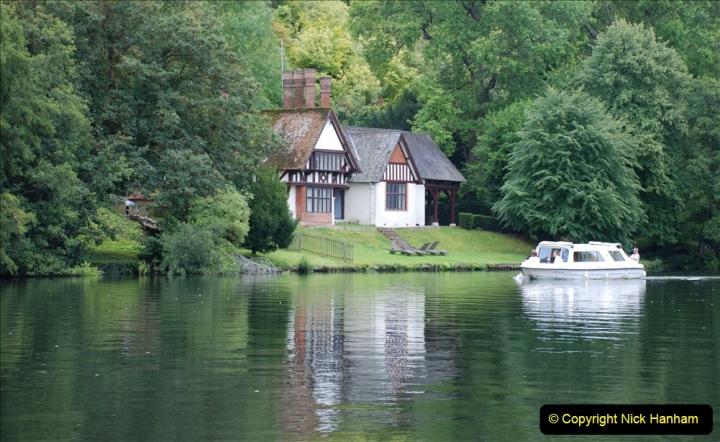 2019-08-20 Cliveden (NT) Taplow, Maidenhead, Berkshire. (95) River Thames boat trip. 095