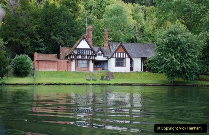 2019-08-20 Cliveden (NT) Taplow, Maidenhead, Berkshire. (96) River Thames boat trip. 096