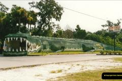 1991-07-21 Gator Jungle, Plant City, Florida.  (1)078