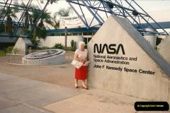 1991-11-23 Kennedy Space Centre, Florida.  (1)138