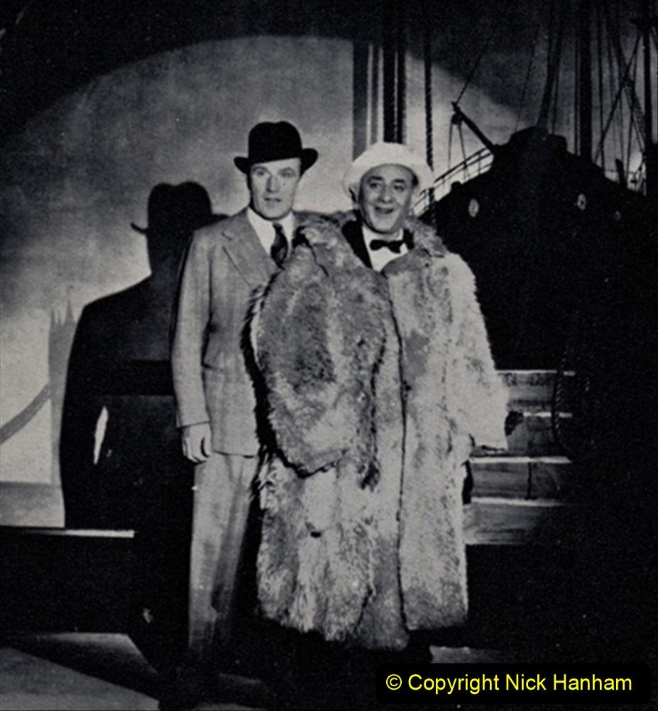 WW2 Stars Fllanagan & Allen. (5) 120