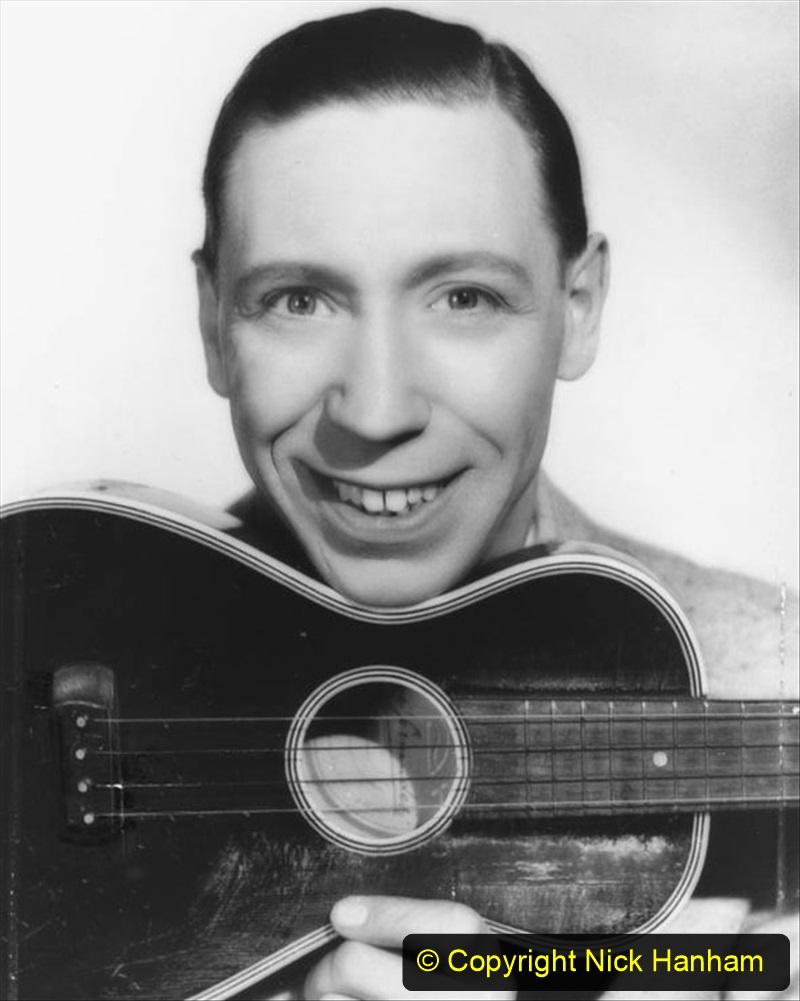 WW2 Stars George Formby. (6) 121