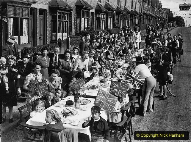 1945 Street Parties. (4) 004