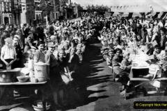1945 Street Parties. (6) 006
