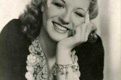 WW2 Stars Anne Shelton. (1) 117