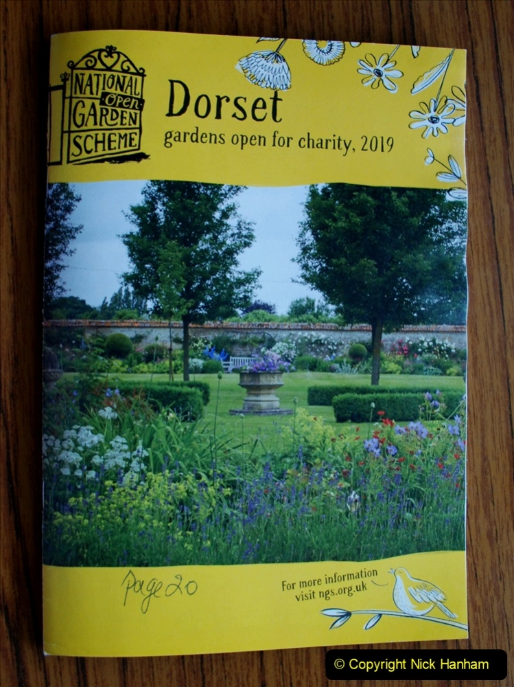 Yellow Book Garden Visit 19 May 2019