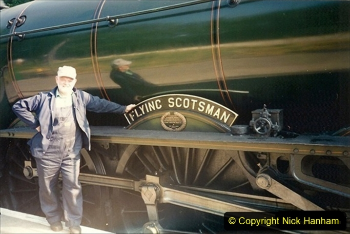 1994-07-16 Flying Scotsman comes to Swanage. (14) Your Host. 014