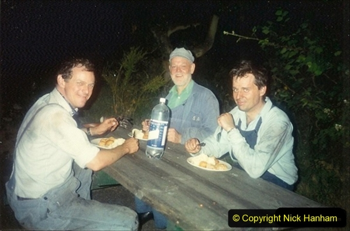 1994-07-16 Flying Scotsman comes to Swanage. (19) Your Host driving a Saturday Wessex Belle. My fireman and cleaner enjoy our evening meal.  019