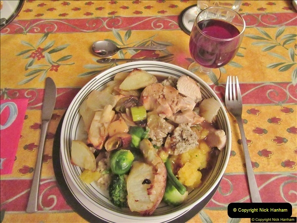 2017-12-24 A Christmas Eve meal cooked by your Host.  (35)035