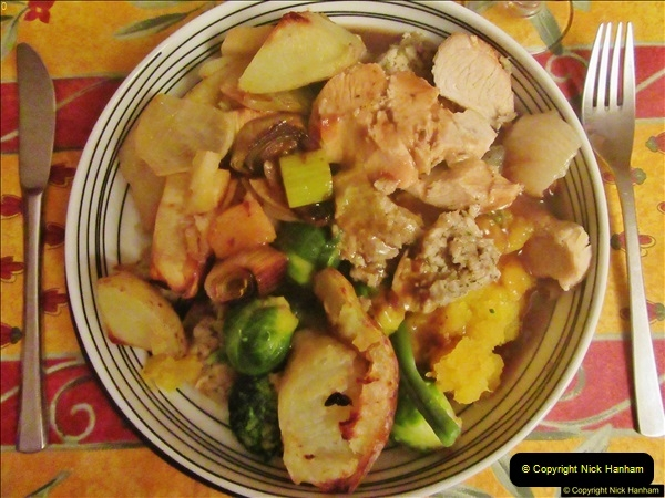 2017-12-24 A Christmas Eve meal cooked by your Host.  (36)036