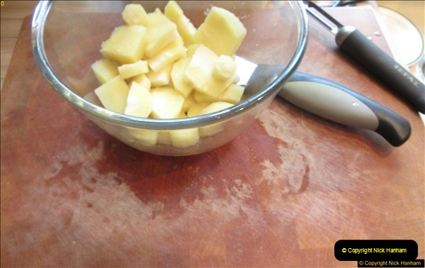 2017-02-17 Making a casserole and ice cream by your Host.  (36)034