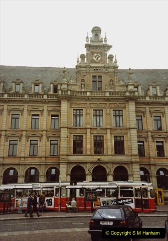 1989 June. Your Host's Wife visits Bremen, Germany. (13)