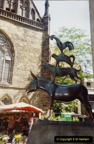 1989 June. Your Host's Wife visits Bremen, Germany. (17)