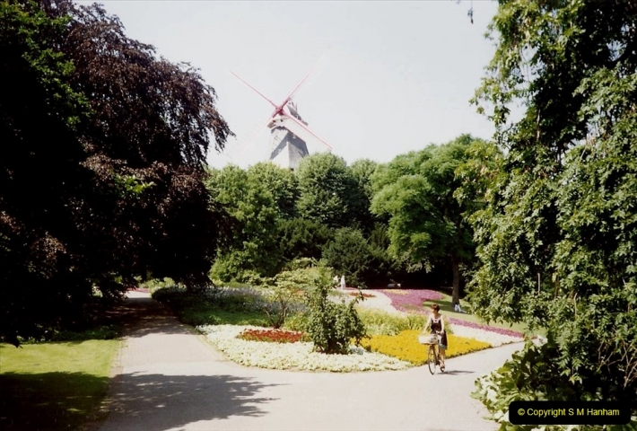 1989 June. Your Host's Wife visits Bremen, Germany. (21)