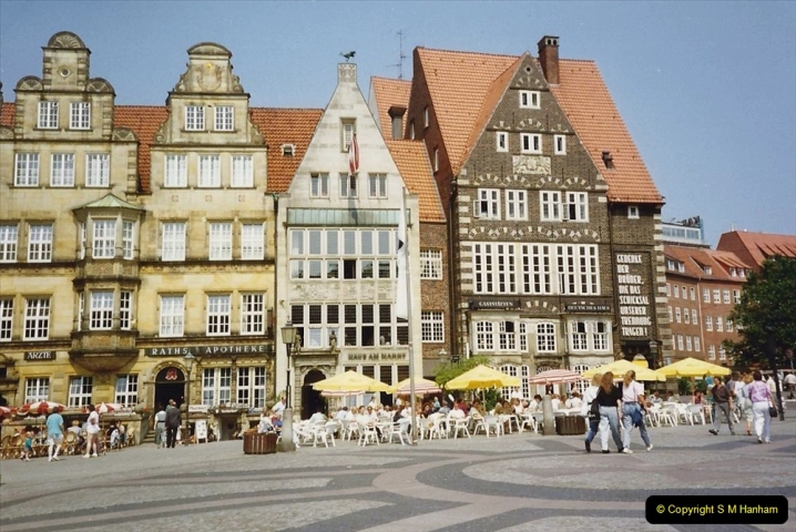 1989 June. Your Host's Wife visits Bremen, Germany. (4)
