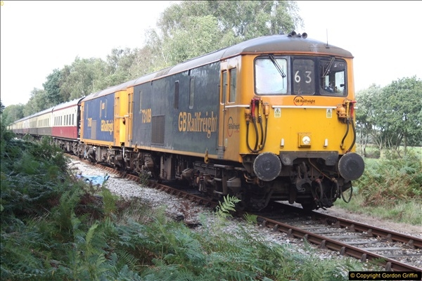 2016-09-24 73107 & 73109 In bound to Swanage on the SR.  (2)26