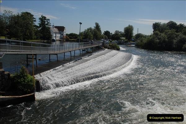 2012-08-18 Hambleden Lock, River Thames, Berkshire.  (20)20