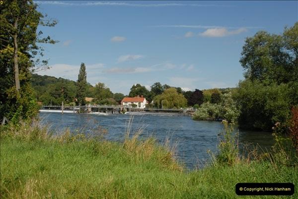 2012-08-18 Hambleden Lock, River Thames, Berkshire.  (33)33