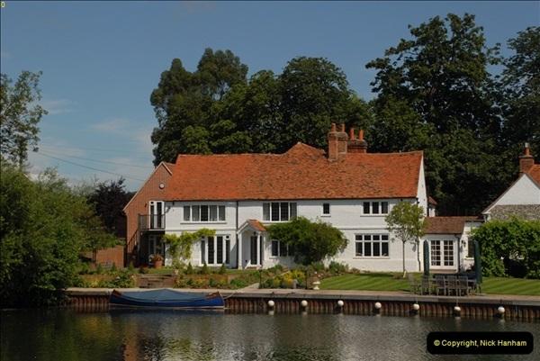 2012-08-18 Hambleden Lock, River Thames, Berkshire.  (22)22