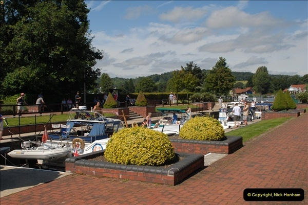 2012-08-18 Hambleden Lock, River Thames, Berkshire.  (26)26
