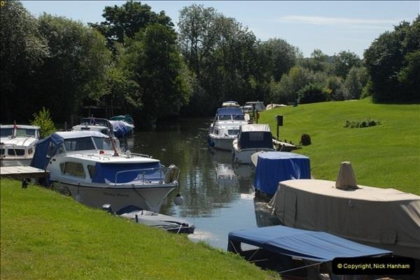 2012-08-18 Hambleden Lock, River Thames, Berkshire.  (3)03