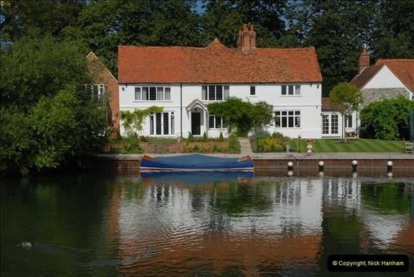 2012-08-18 Hambleden Lock, River Thames, Berkshire.  (48)48