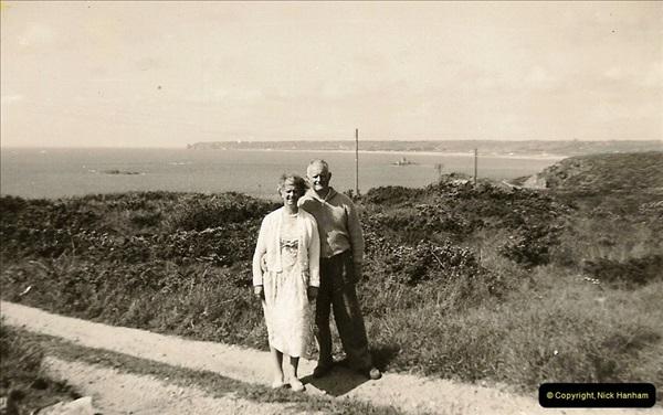 D. & C. Hodges Collection.  (84)