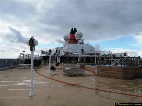 2016-11-25 Day at Sea. (7)007