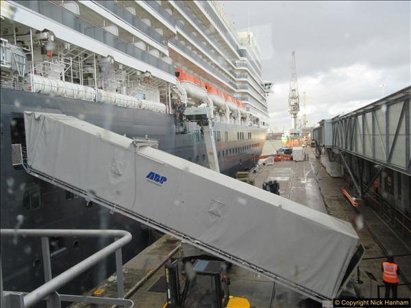 2016-11-22 to 23 Southampton & At Sea. (22)022