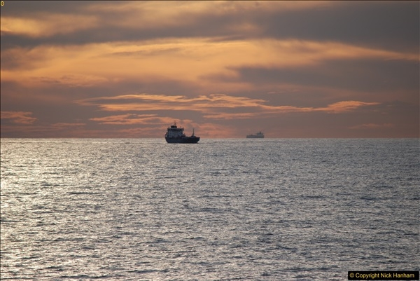 2016-11-25 Day at Sea. (18)403