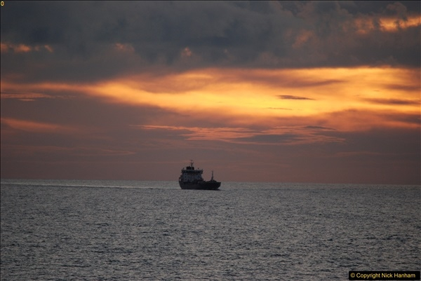 2016-11-25 Day at Sea. (19)404