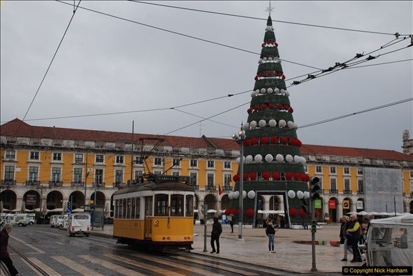 2016-12-01 Lisbon, Portugal.  (207)207
