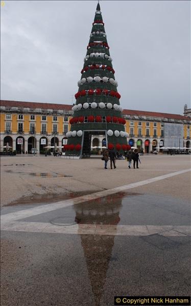 2016-12-01 Lisbon, Portugal.  (208)208