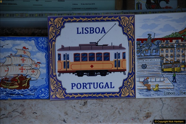 2016-12-01 Lisbon, Portugal.  (215)215