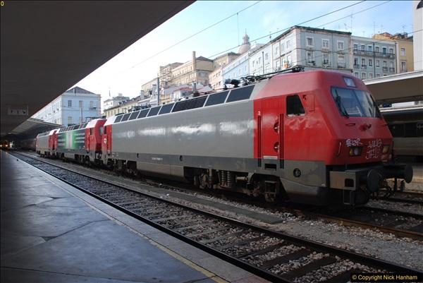 2016-12-01 Lisbon, Portugal.  (235)235