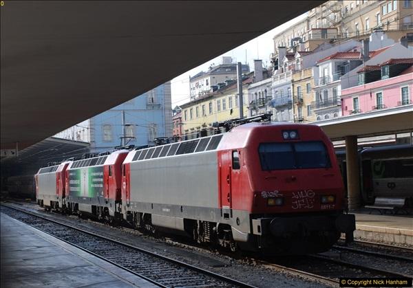 2016-12-01 Lisbon, Portugal.  (242)242