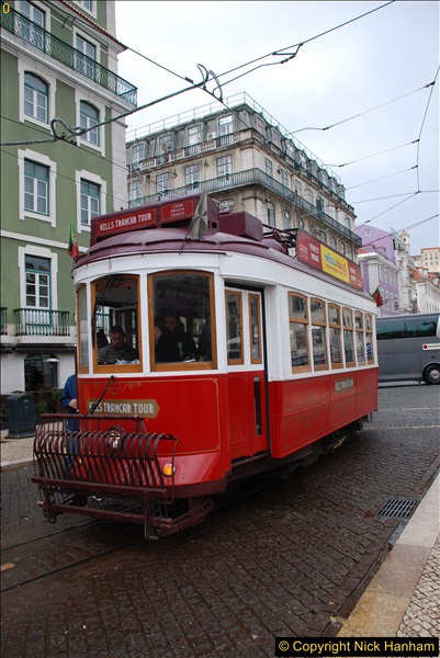 2016-12-01 Lisbon, Portugal.  (40)040