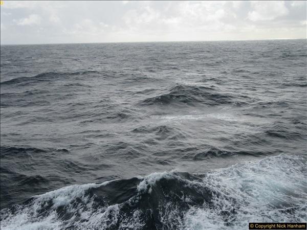 2016-12-02 At sea. (4)004327