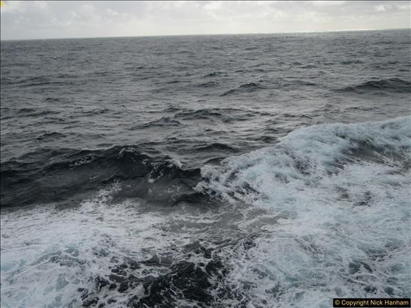 2016-12-03 At sea.  (2)043366