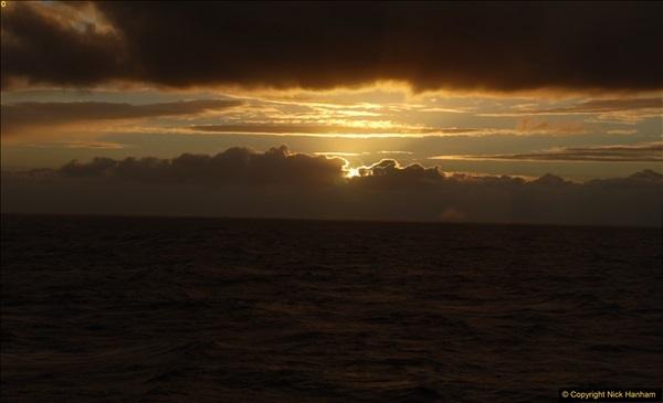 2016-12-03 At sea.  (21)062385