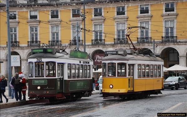 2016-12-01 Lisbon, Portugal.  (204)204
