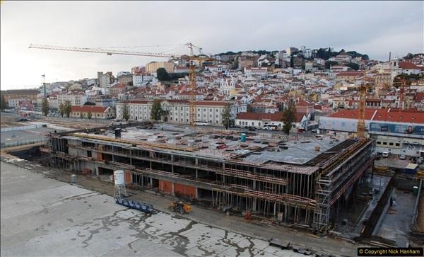 2016-12-01 Lisbon, Portugal.  (295)295