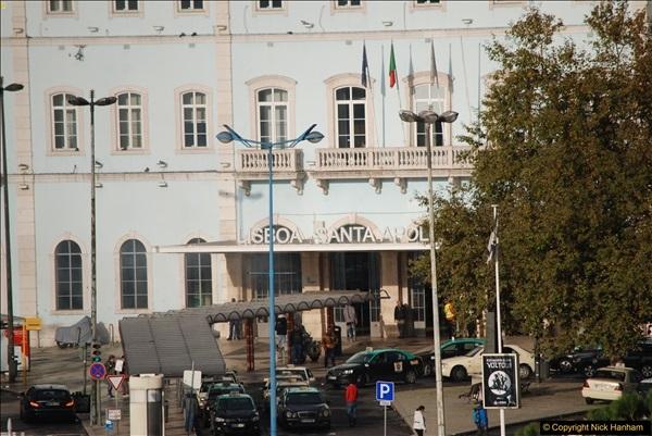 2016-12-01 Lisbon, Portugal.  (297)297